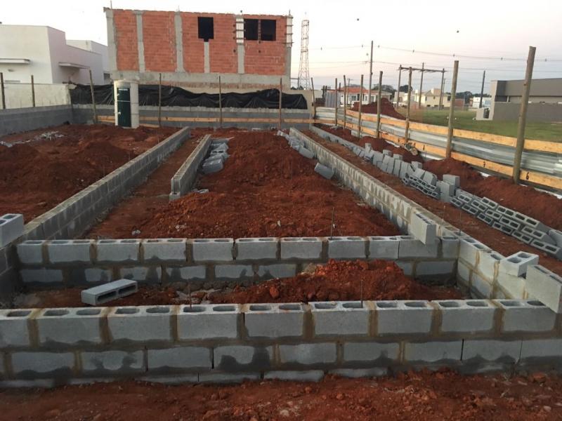 Blocos de Concreto 14x19x39 Suzano - Bloco Canaleta de Concreto