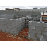 distribuidor de bloco de concreto canaleta Louveira